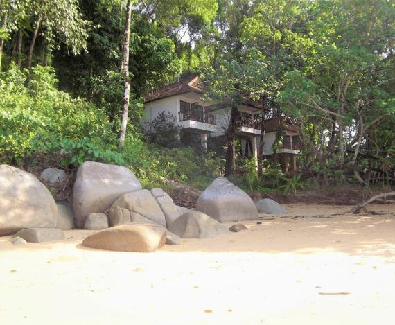 beach bungalow thailand khao lak